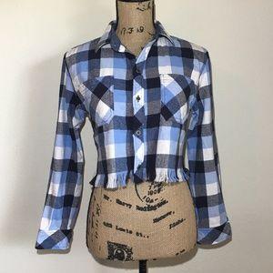 Tops - Cropped Long Sleeve Plaid Shirt